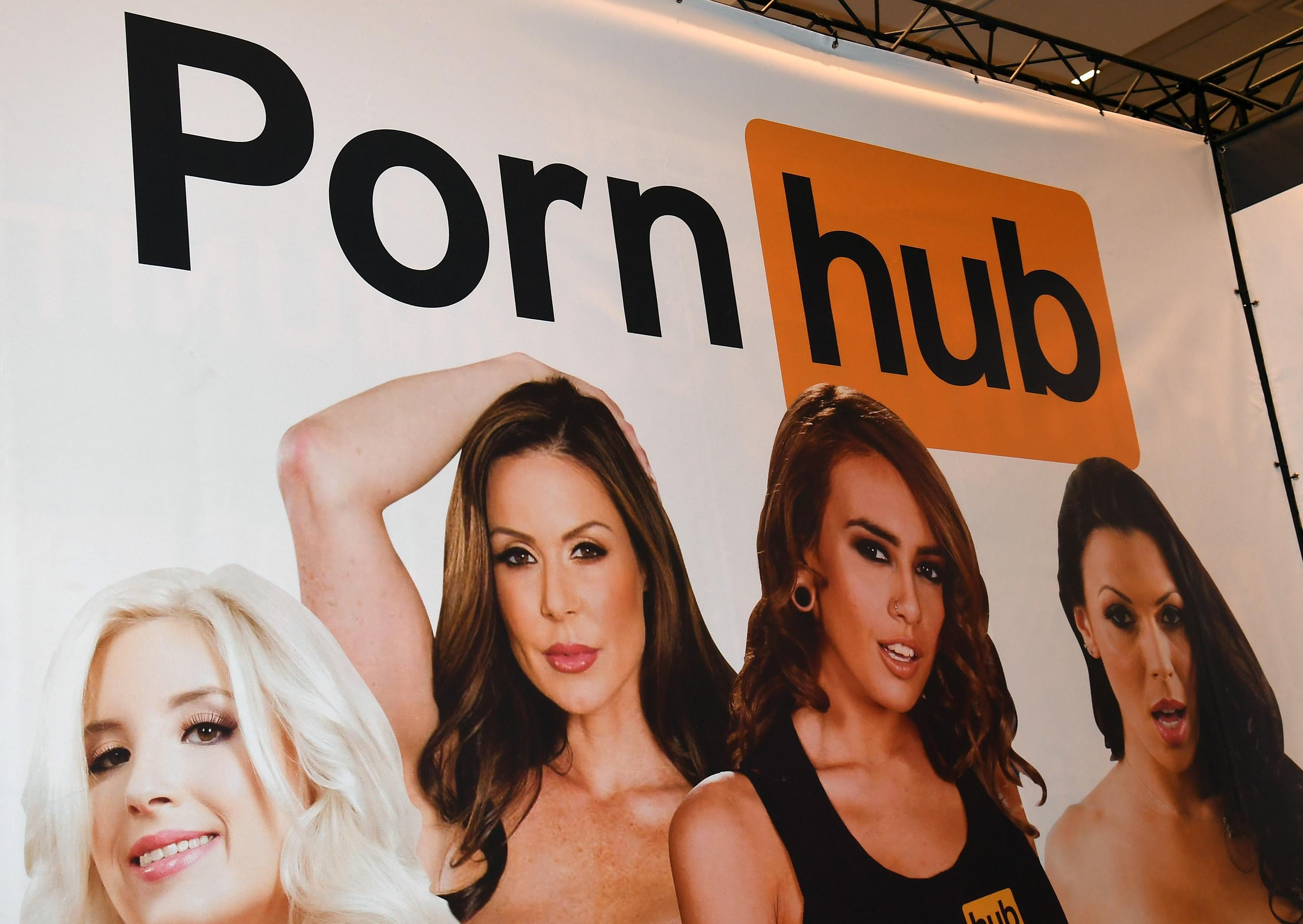 Pornhub and Twitter are banning 'deepfake' face-swap porn videos