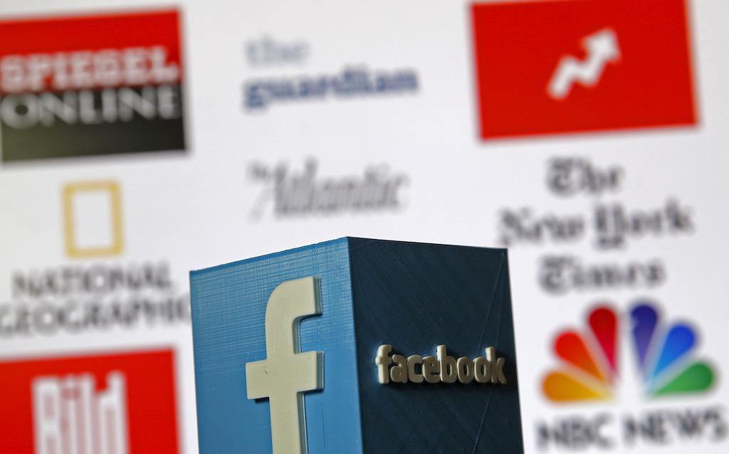 Facebook tests moving non-promoted posts out of newsfeed