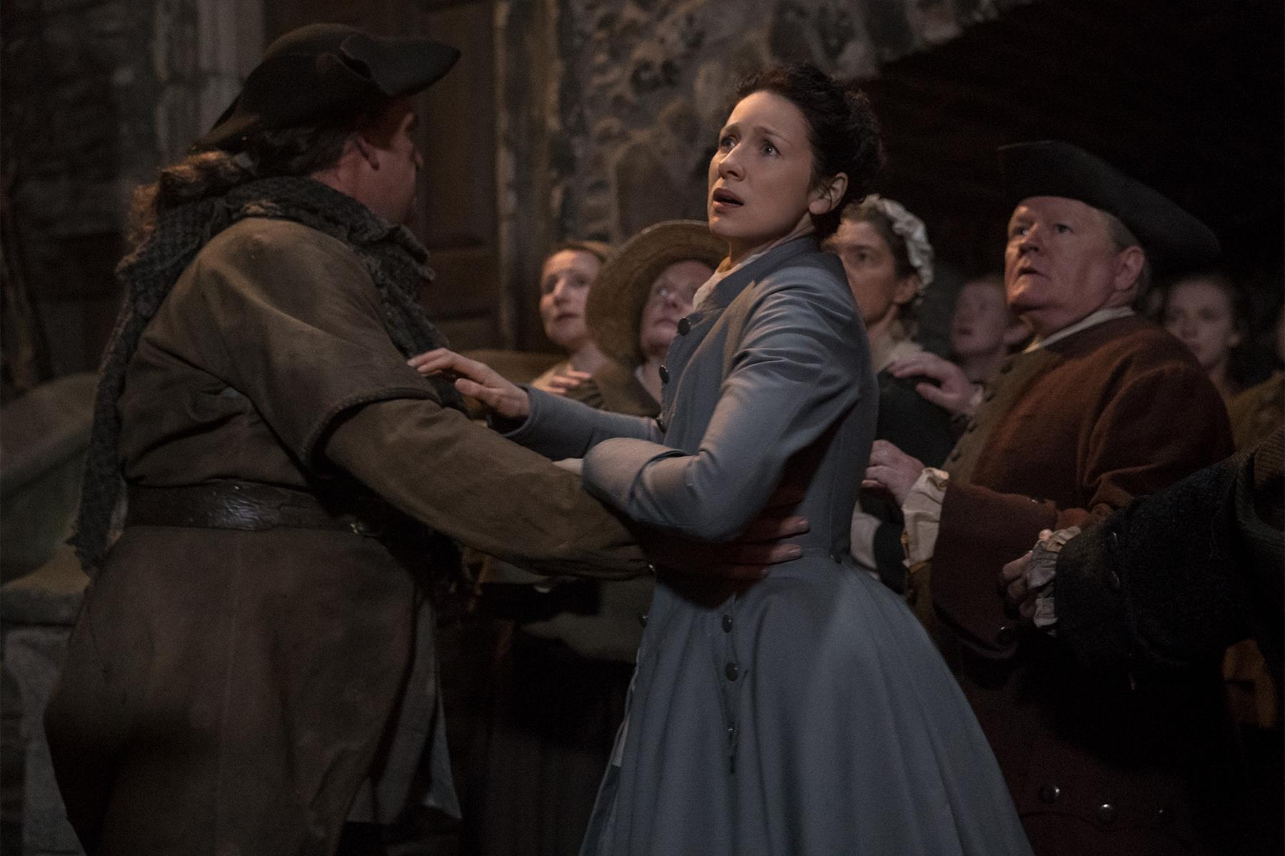 Watch Outlander season 3, episode 7 online