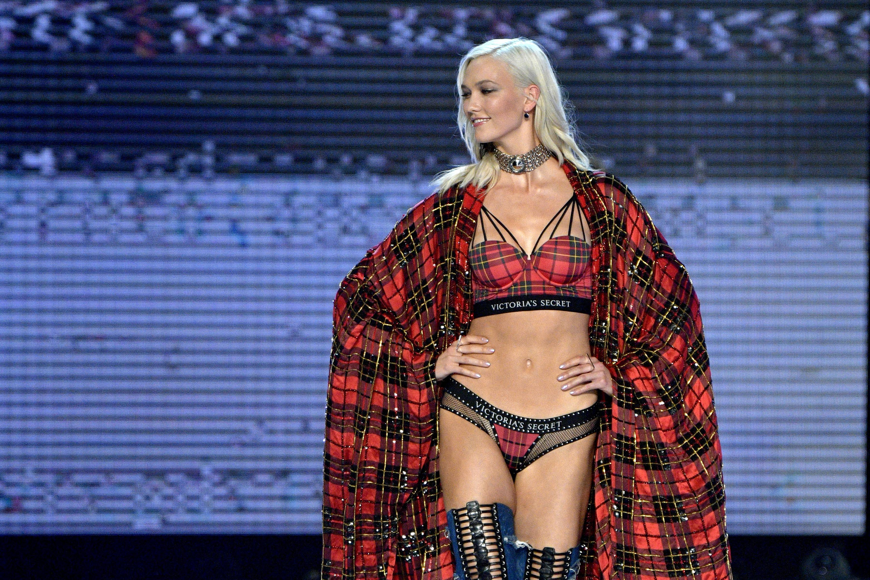 70dece87e Karlie Kloss walked the runway at the 2017 Victoria's Secret fashion show  in Shanghai on Nov. 20, 2017. Photo: Matt Winkelmeyer/Getty Images for  Victoria's ...