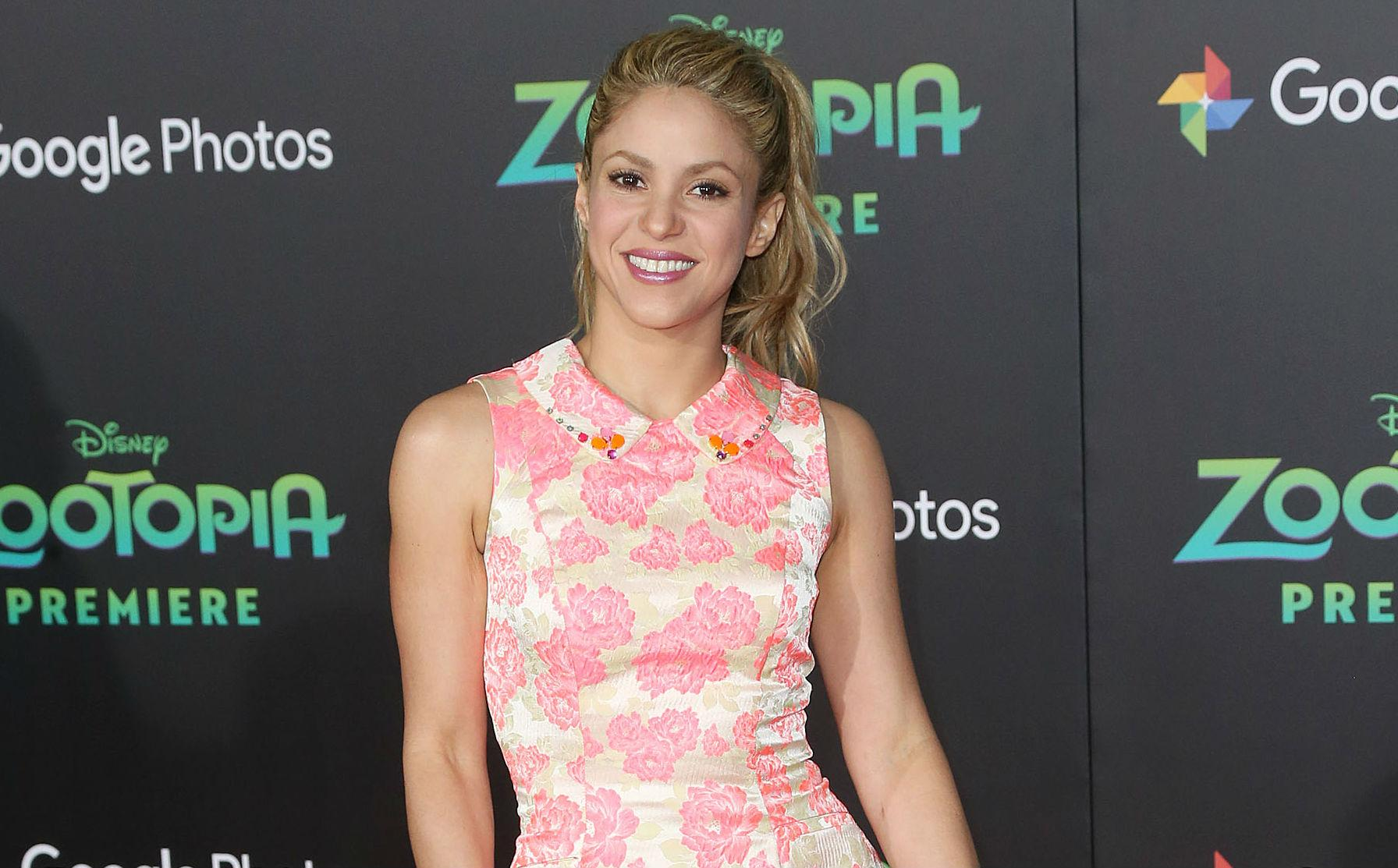 Shakira postpones tour, reschedules dates including Chicago