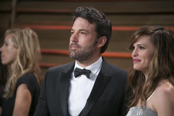 Ben Affleck leaves rehab for Christmas