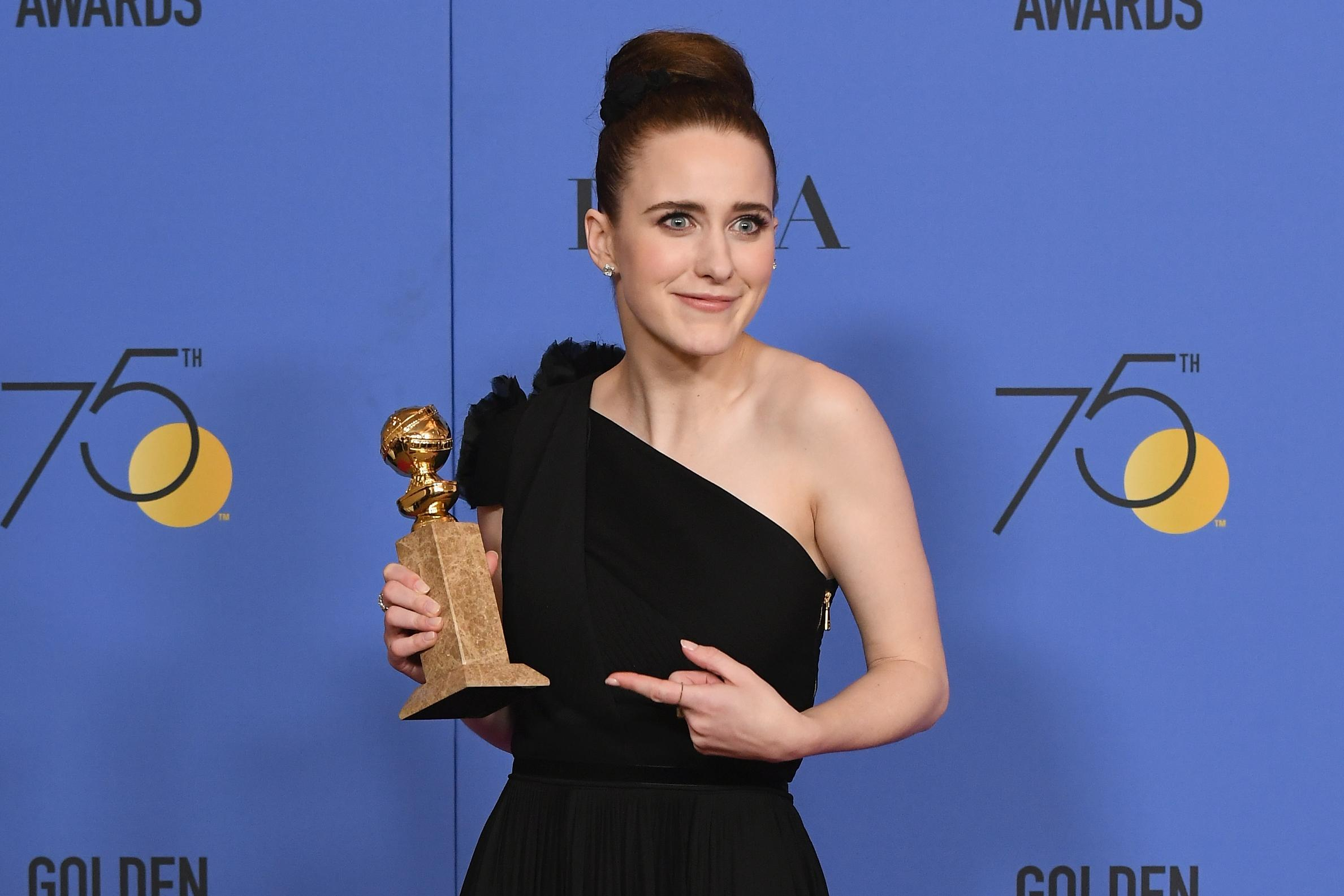 who is rachel brosnahan 6 fun facts about the golden globe winner