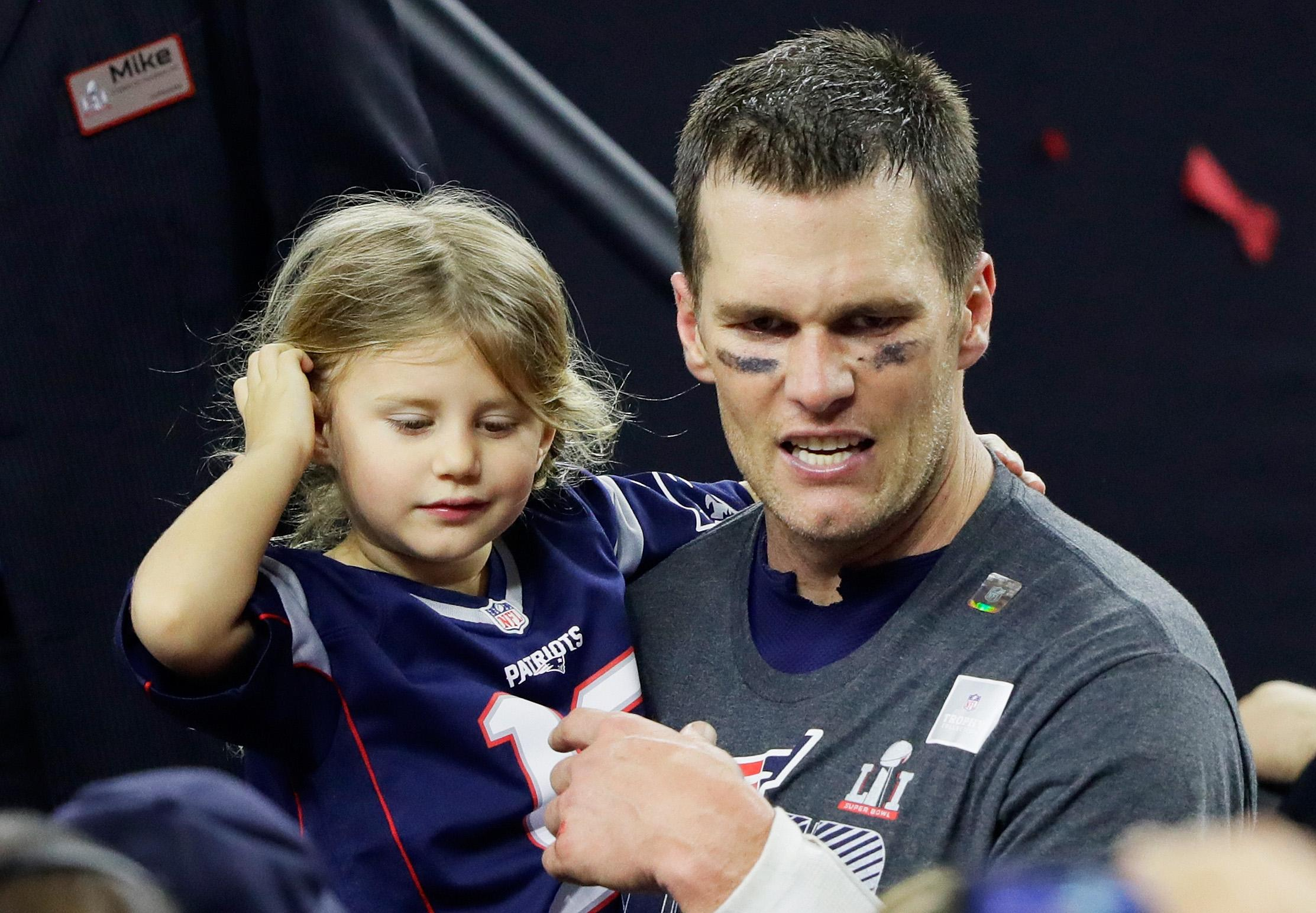 Tom Brady S Kids 2018 Meet Super Bowl Champ S Children And Their Mothers