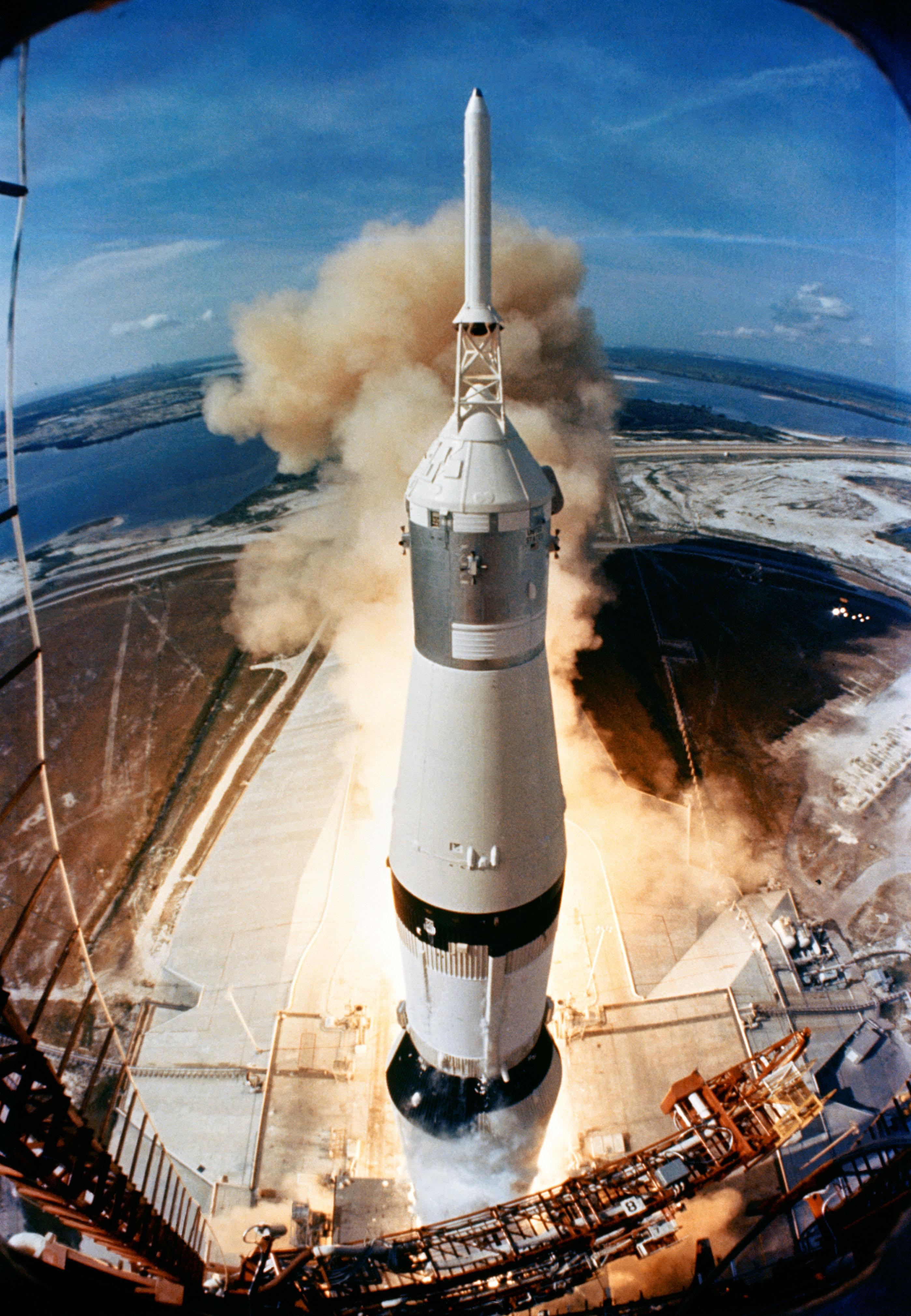 apollo11-launch