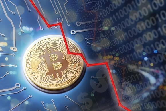 bitcoin-plunge-crash-cryptocurrency-ethereum-ripple-blockchain-getty_large