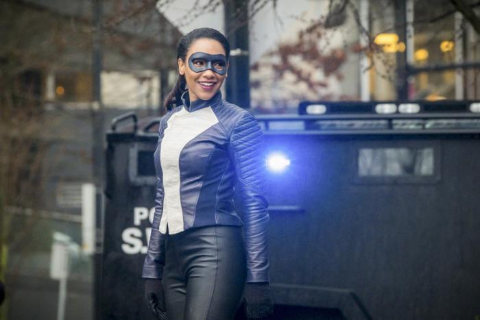 'The Flash' Star Candice Patton On Iris' New Powers & Costume