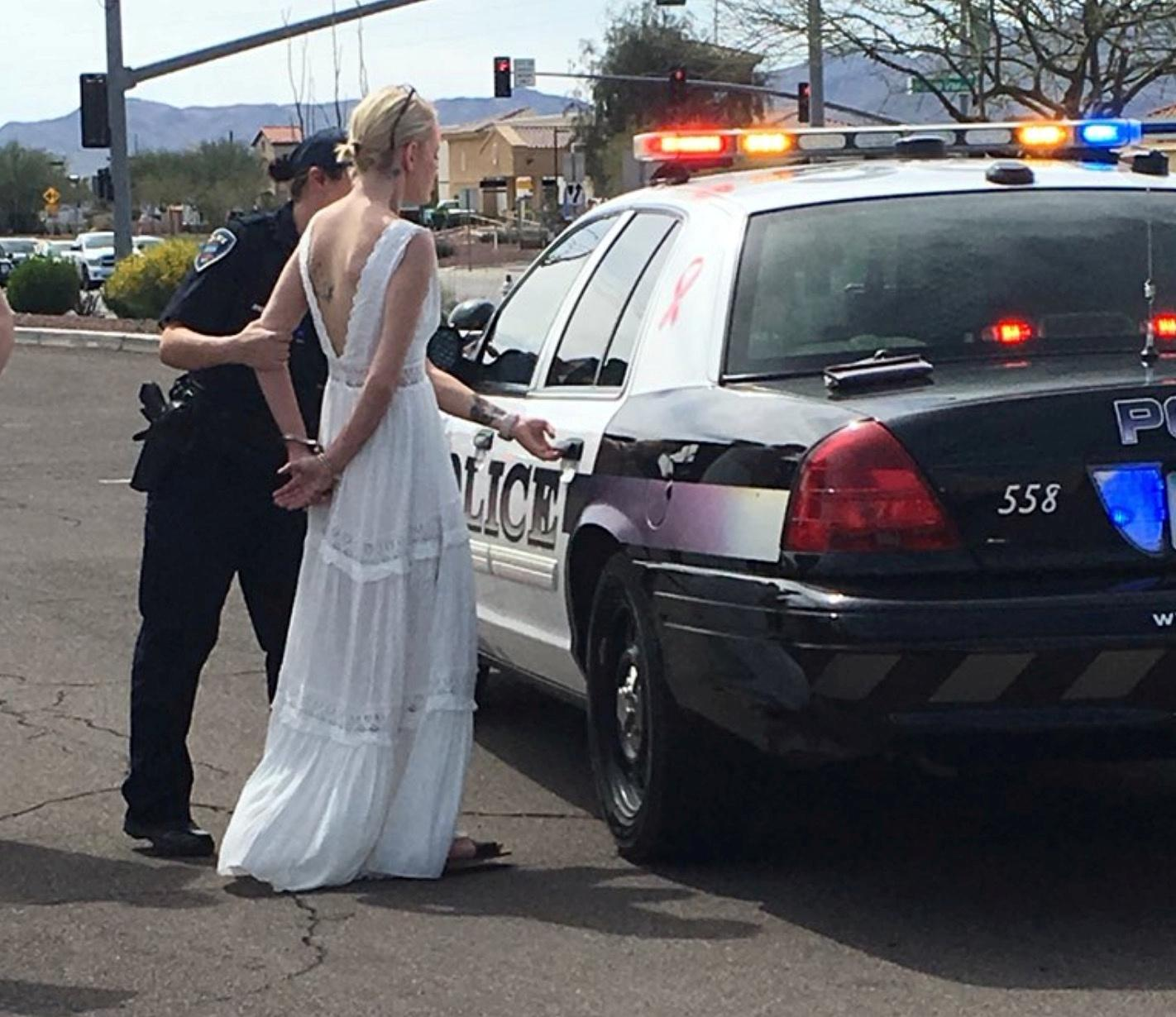 Ex Police Car Auctions >> Arizona Bride Arrested For DUI While En Route To Her Wedding