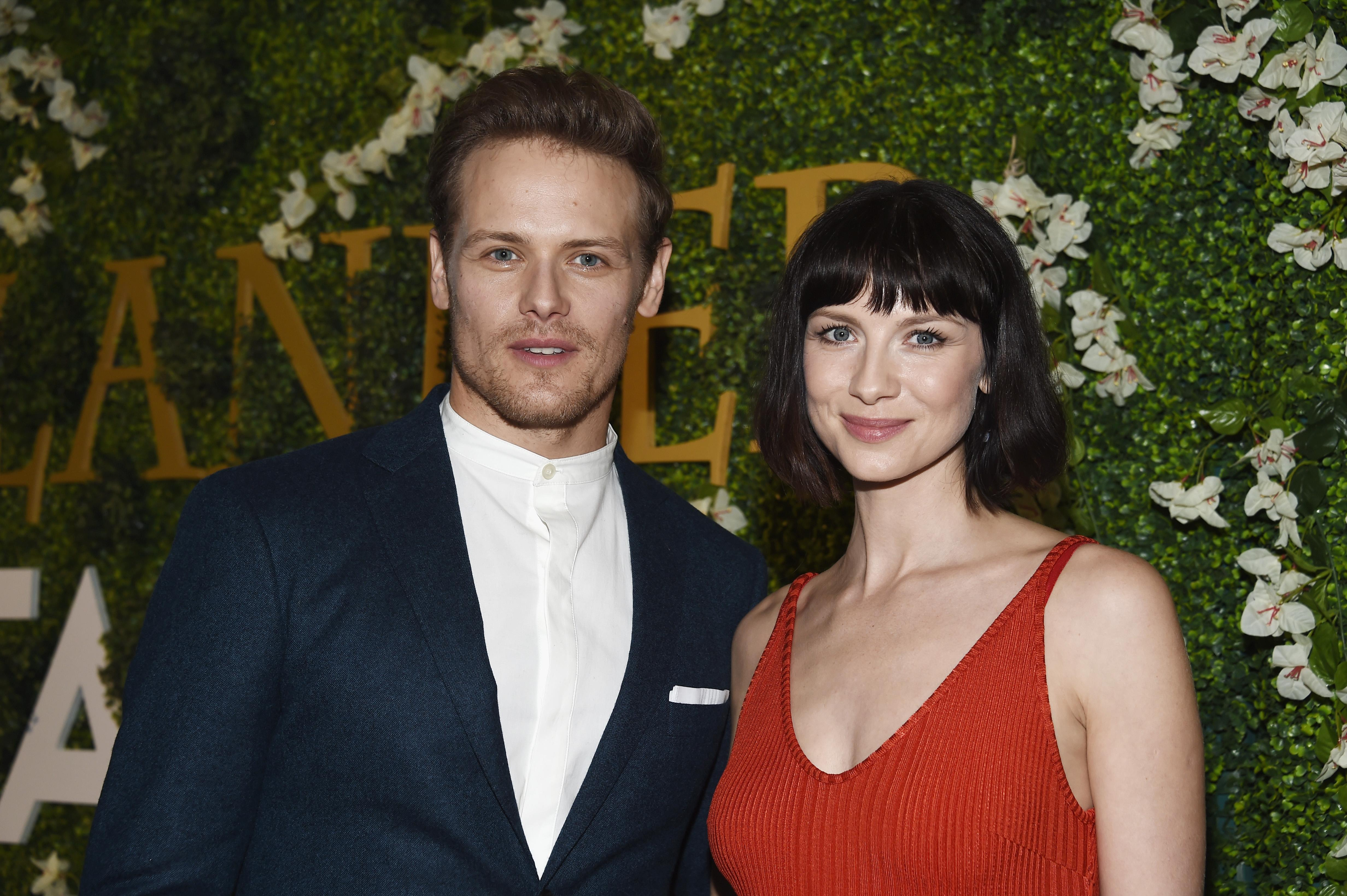 Outlander Season 4 Spoilers Jamie And Claire Are Settling Down