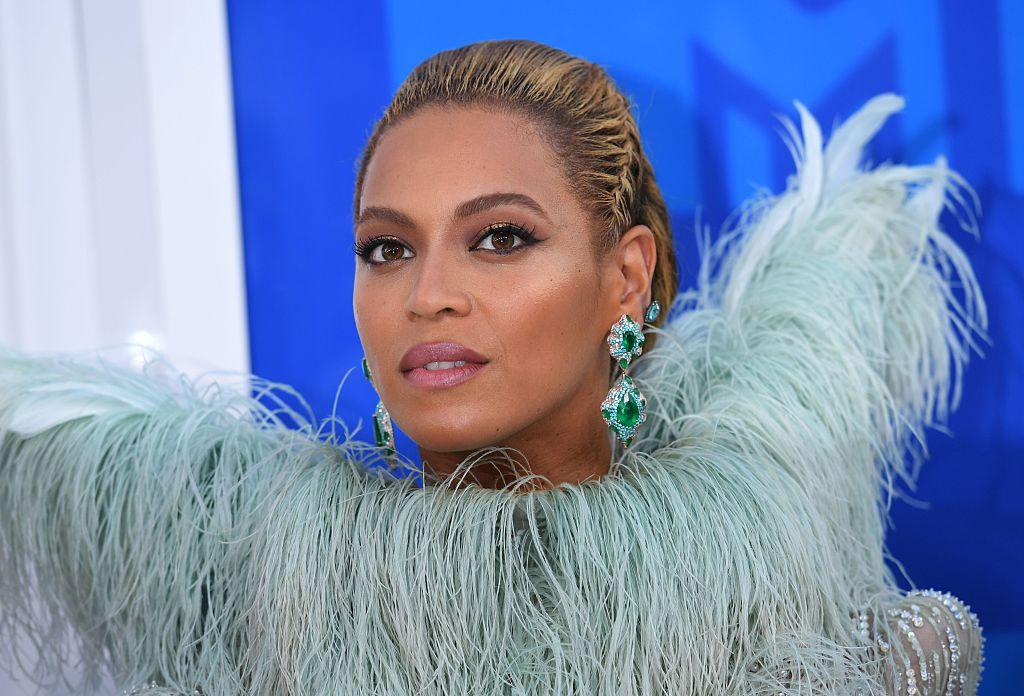 Beyonce Putting in Long Hours ... To Rock Coachella