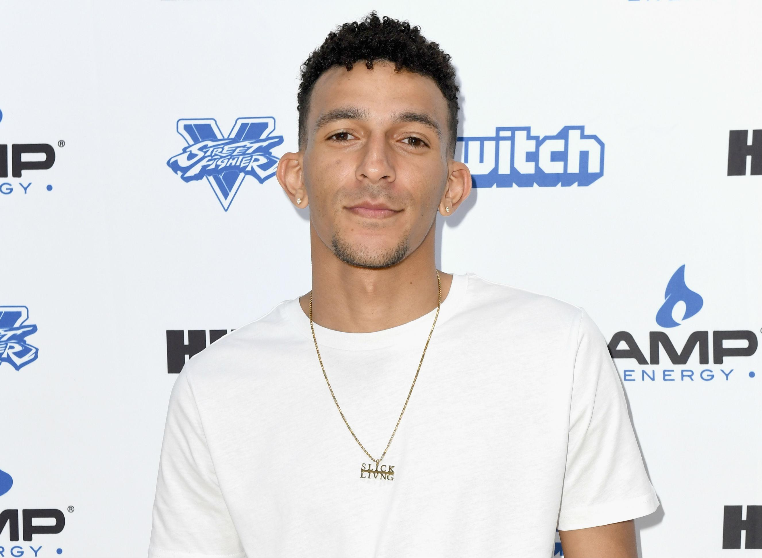 9 holes fun facts from star khleo thomas on movie s 15th anniversary