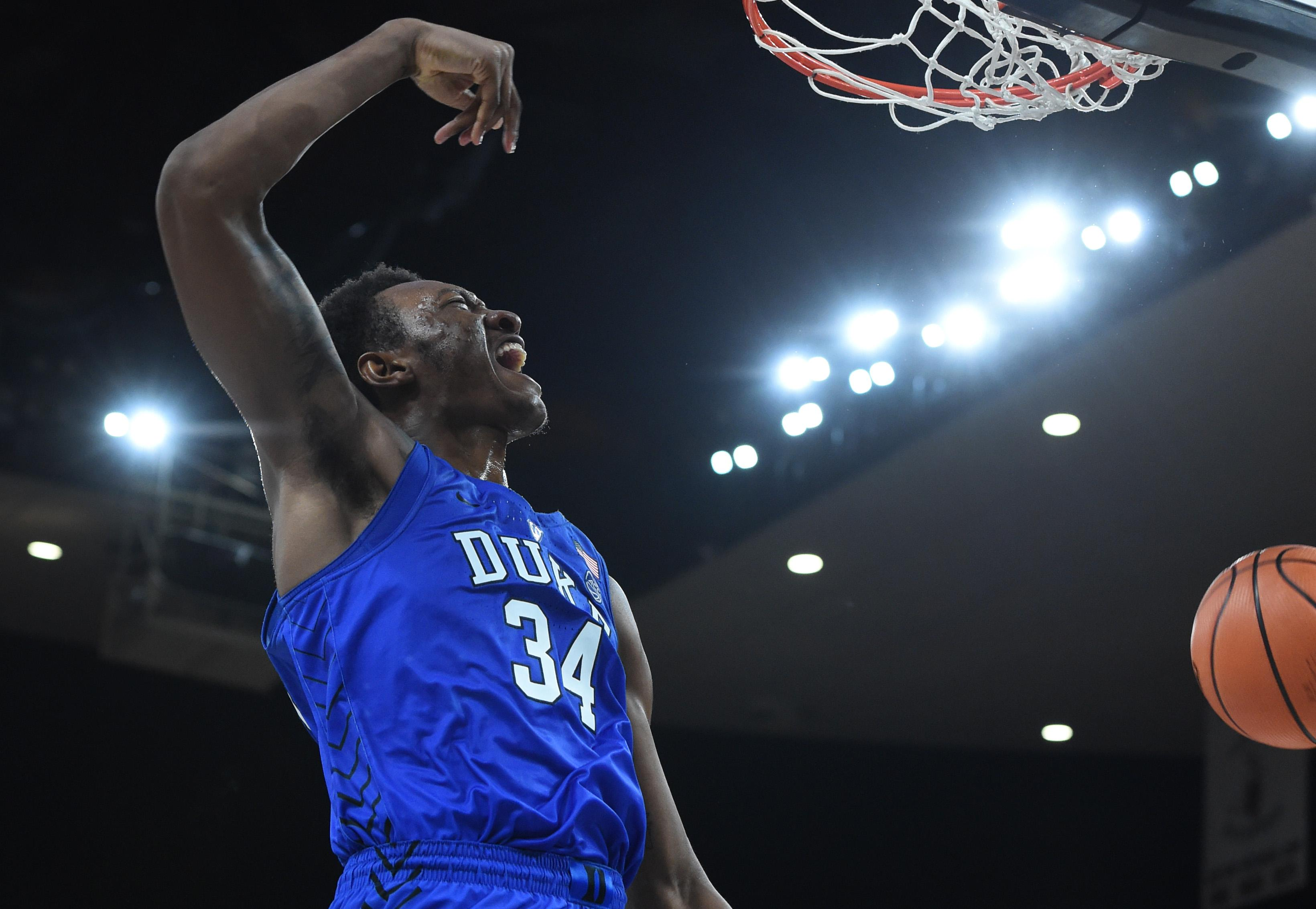 Former Duke forward Wendell Carter's mom compares NCAA rules to slavery