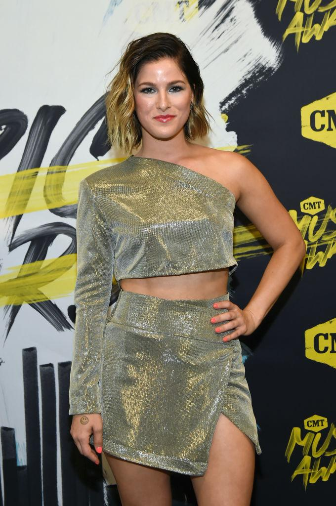 Cassadee Pope cmt awards 2018