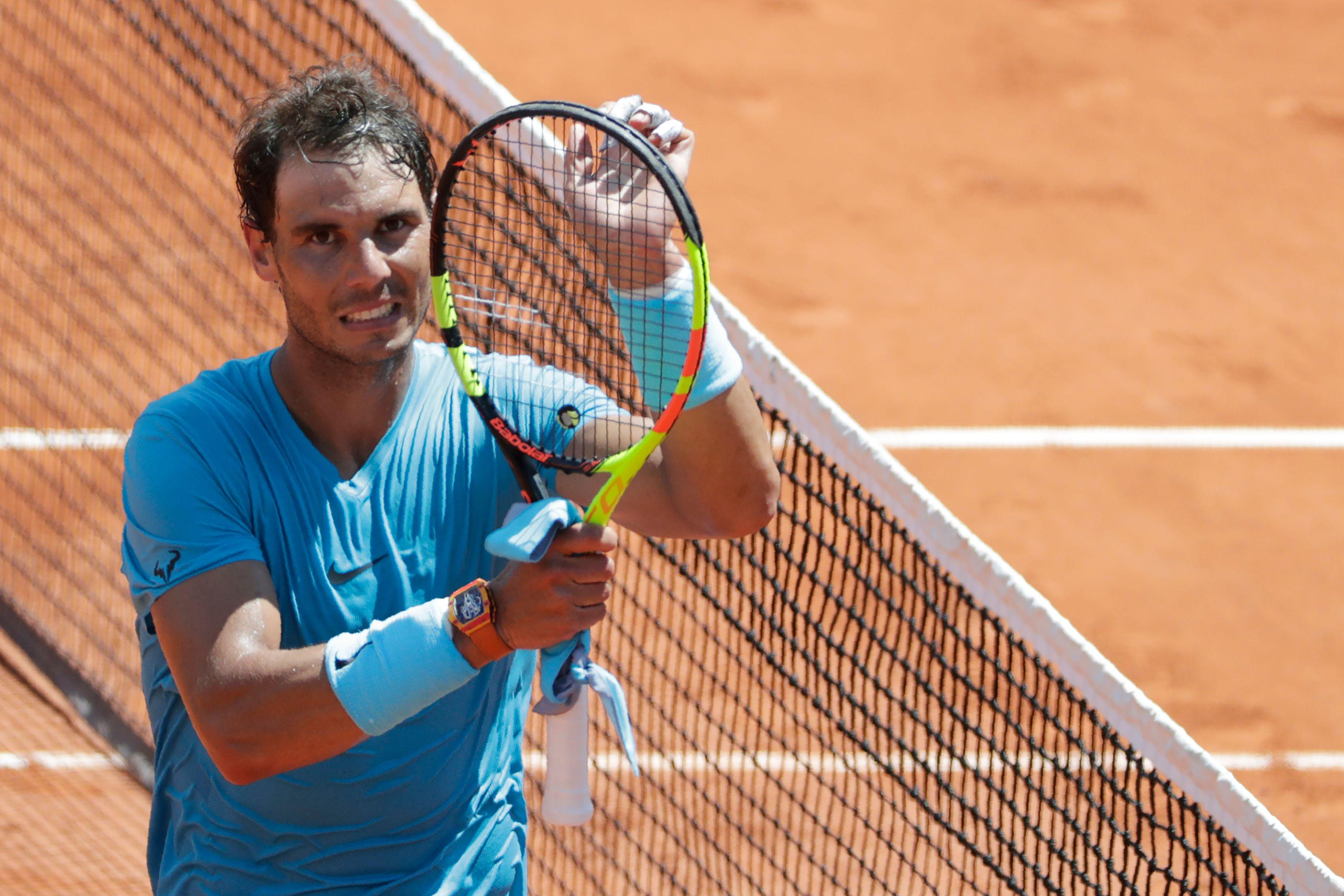 Nadal overcomes nerves to meet del Potro in French Open semi-finals