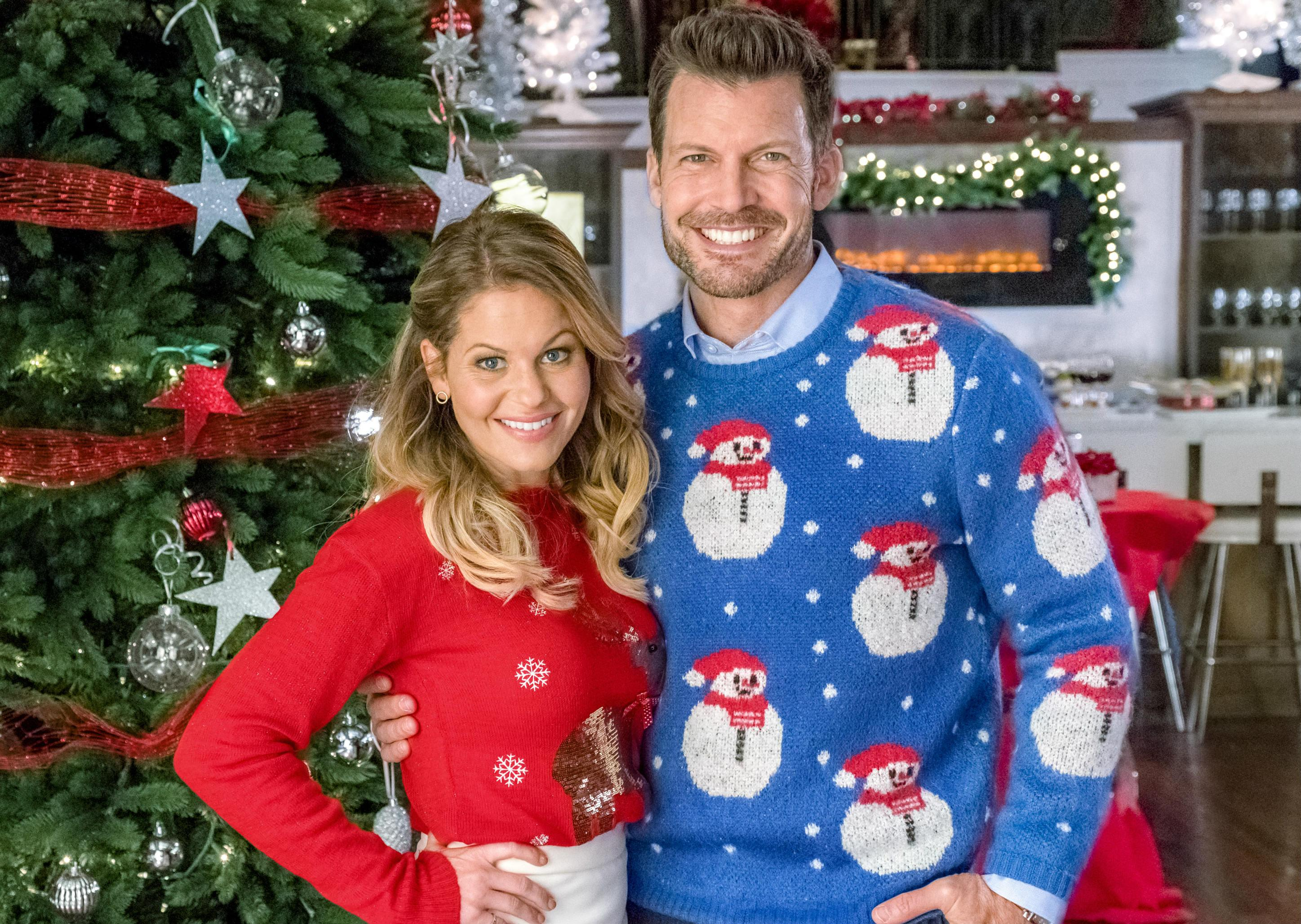 Hallmark Christmas In July 2018 Movies Schedule: Keepsake Week, Gold ...