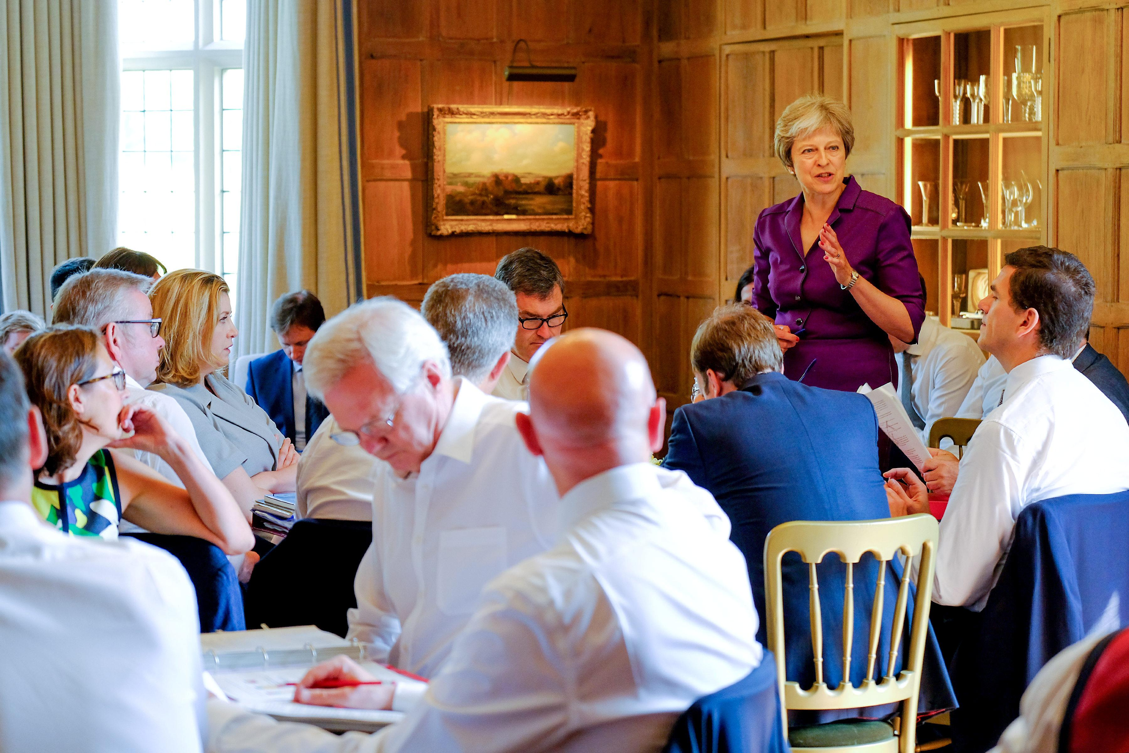 Theresa May Chequers Meeting