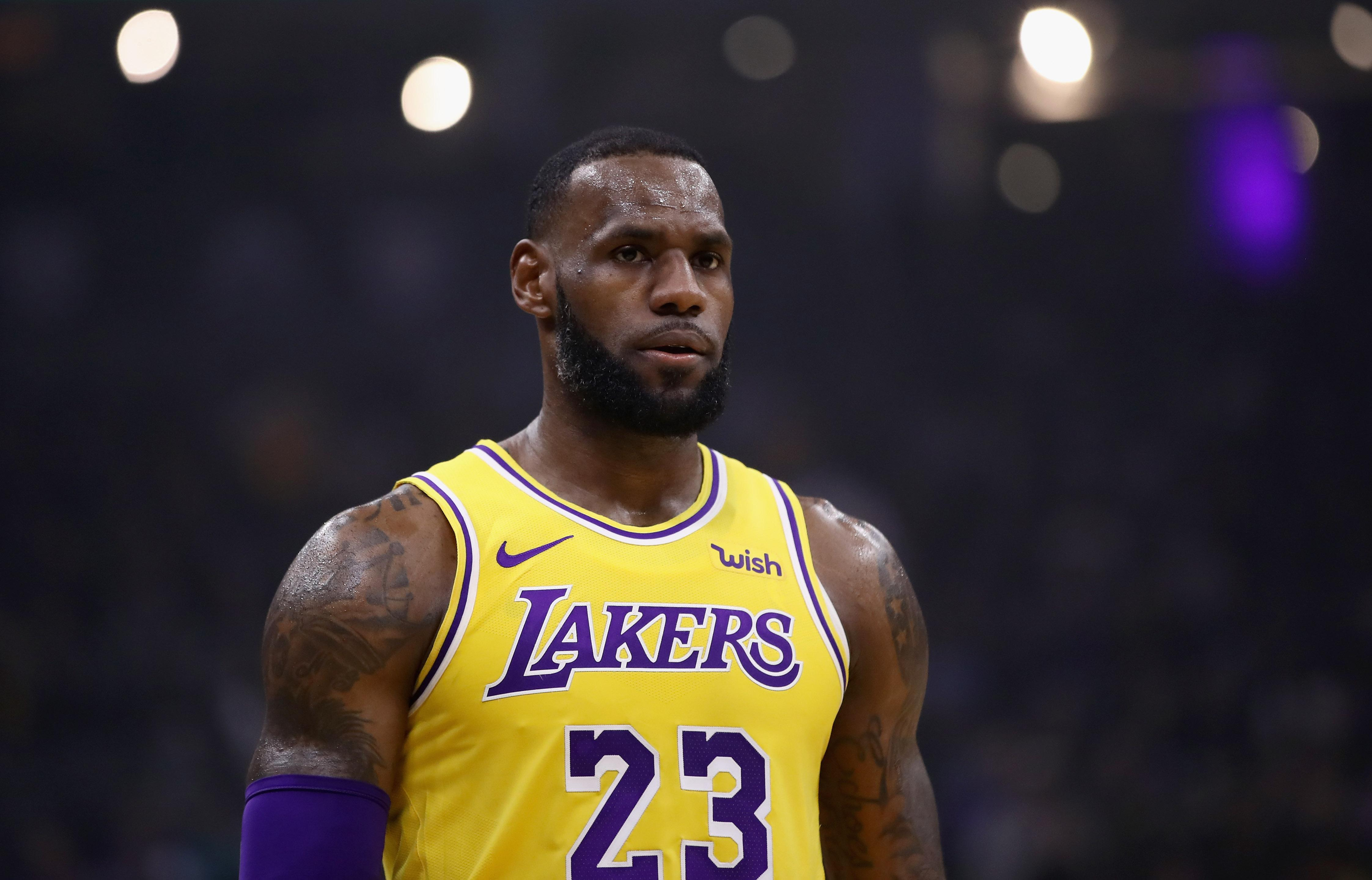 Cavaliers vs. Lakers: LeBron Hoping For Positive Reception, Tribute Video Planned
