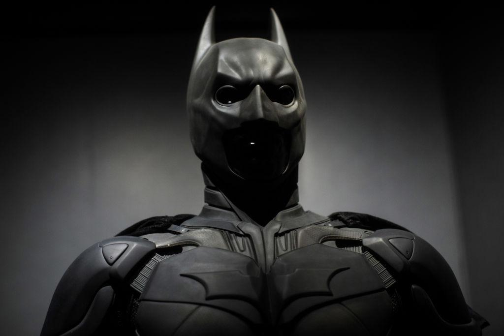 Robert Pattinson's Batsuit Draws Daredevil Comparisons on Twitter