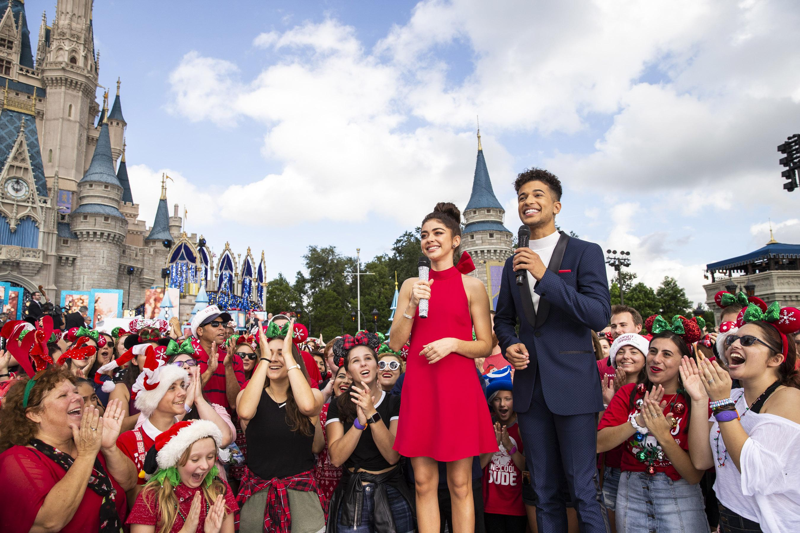 Disney Christmas Day Parade 2018 Live Stream Where To Watch Online On Tv