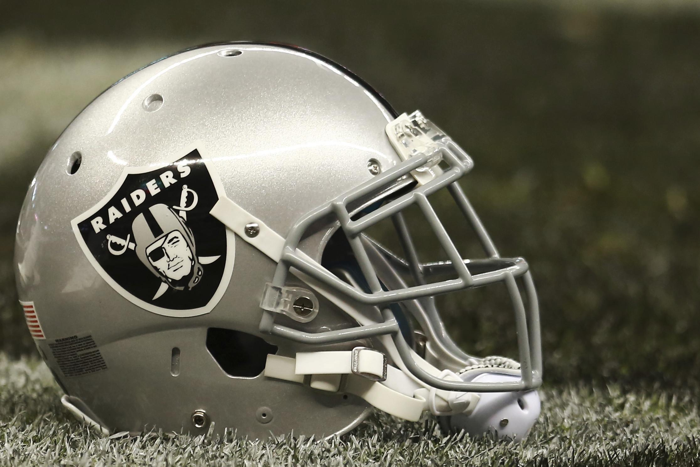 Oakland Raiders hiring draft analyst Mike Mayock as general manager