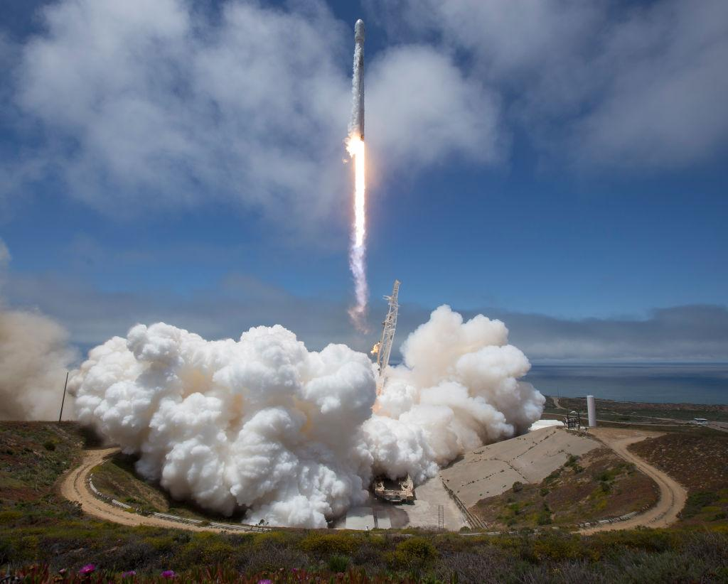 SpaceX Iridium Successfully Launches From Vandenberg Air Force Base