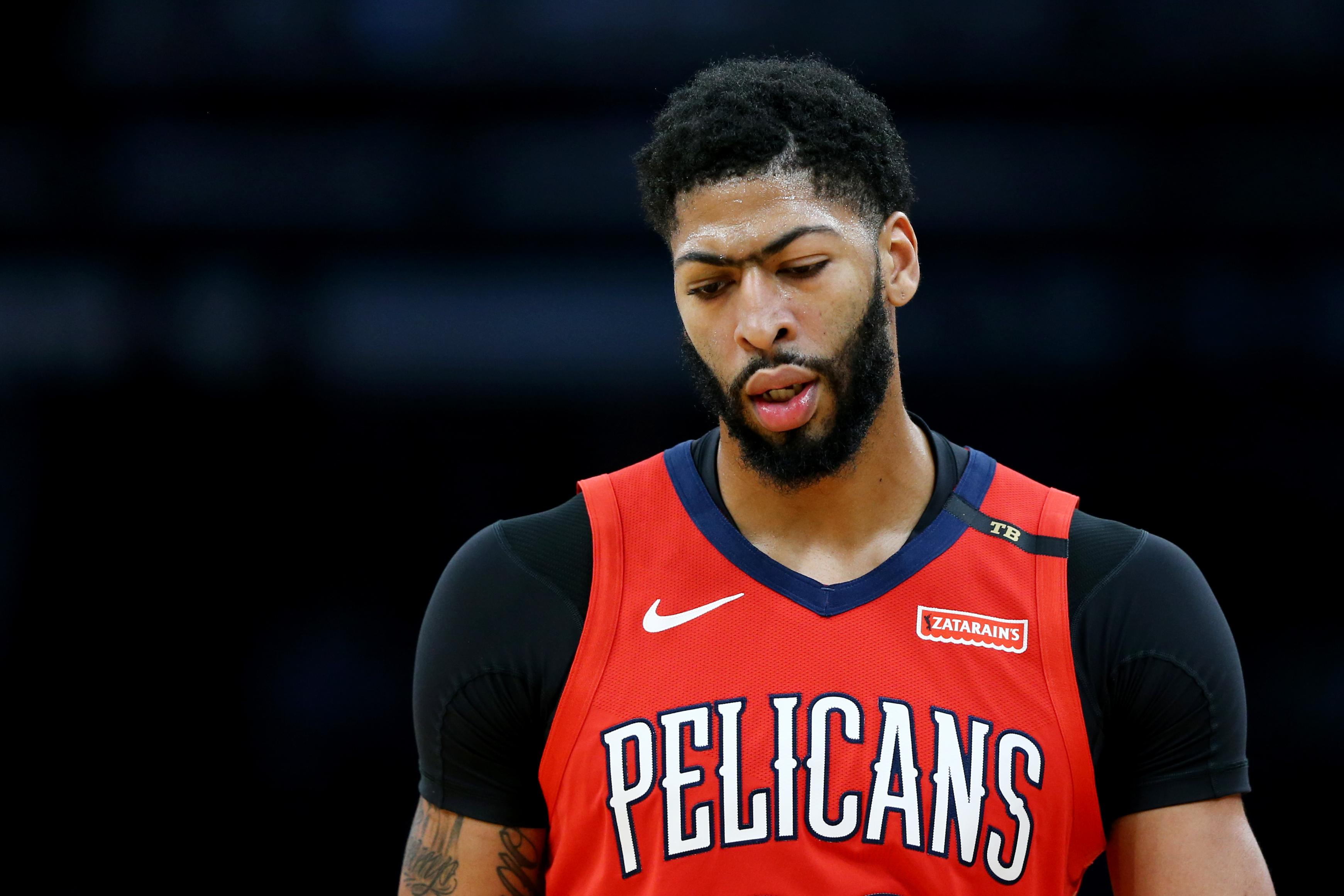 Anthony Davis Pelicans Celtics