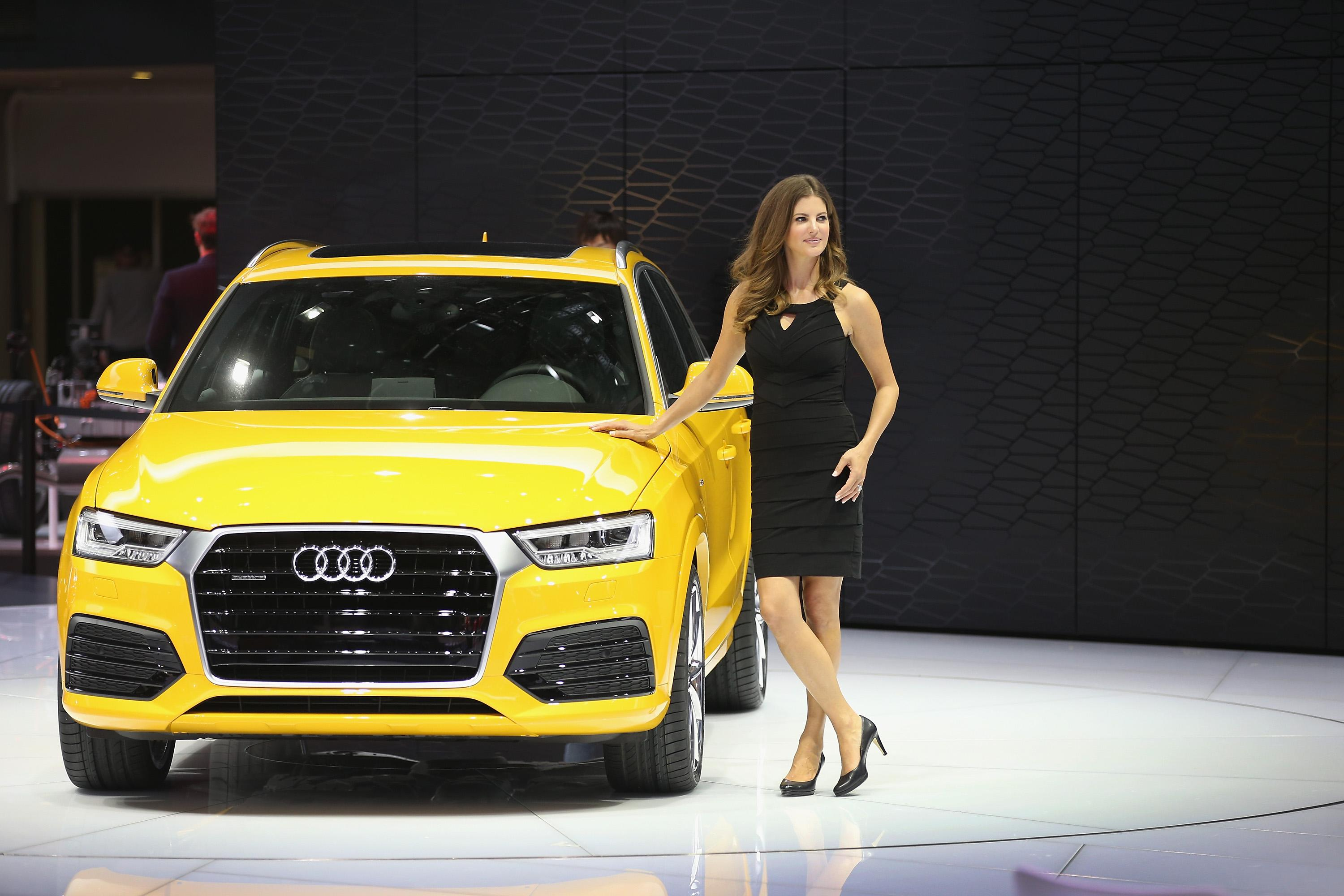 The New Audi Rakish Q4 E Tron Looks A Lot Larger Than Q3 In Its Artist Renditions Pictured Martina Palting Helps To Show Off At