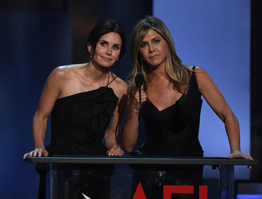 Friends stars Jennifer Aniston and Courteney Cox in mid-air plane panic