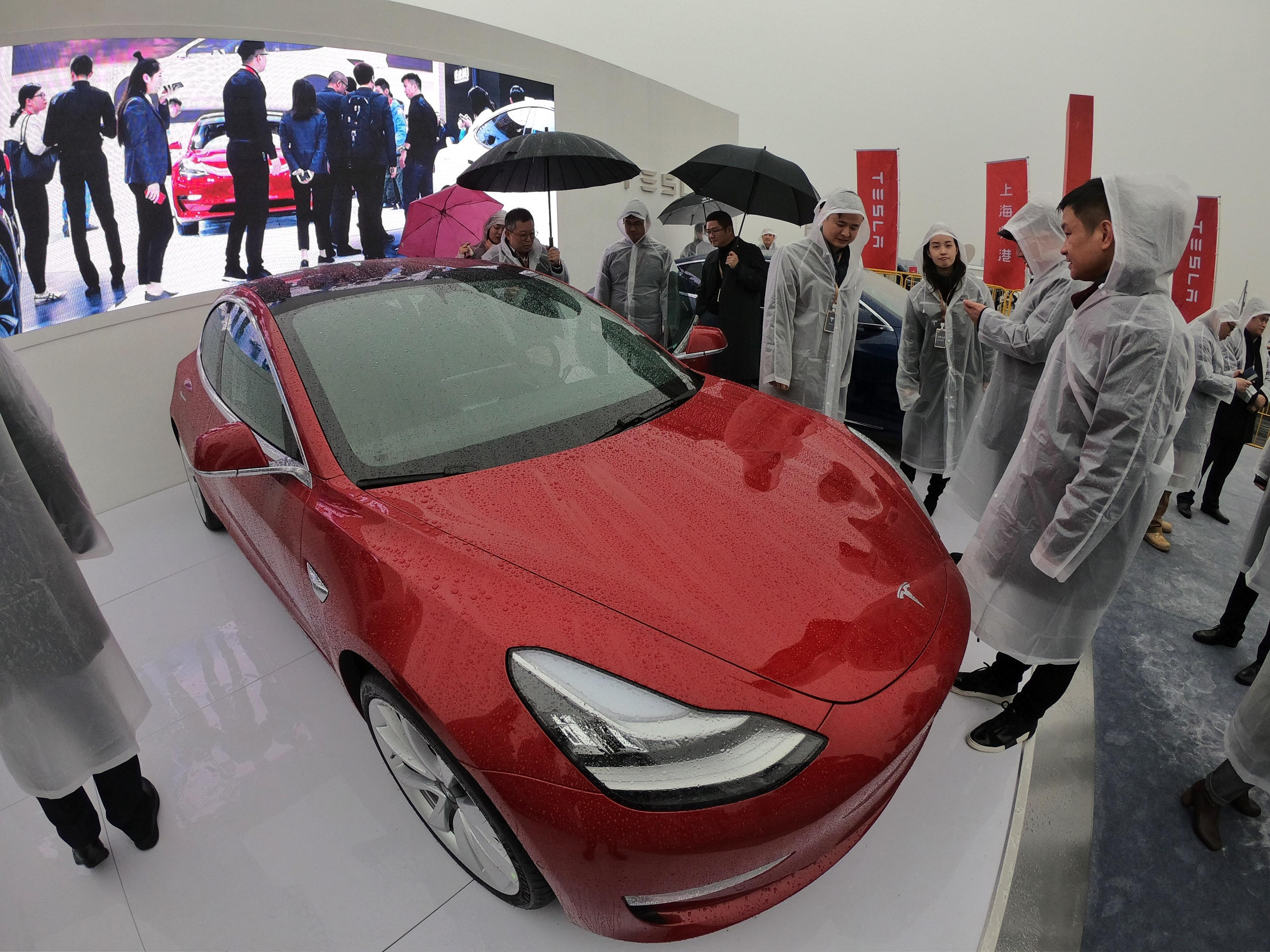 Tesla gets $708m in loans for first factory in China