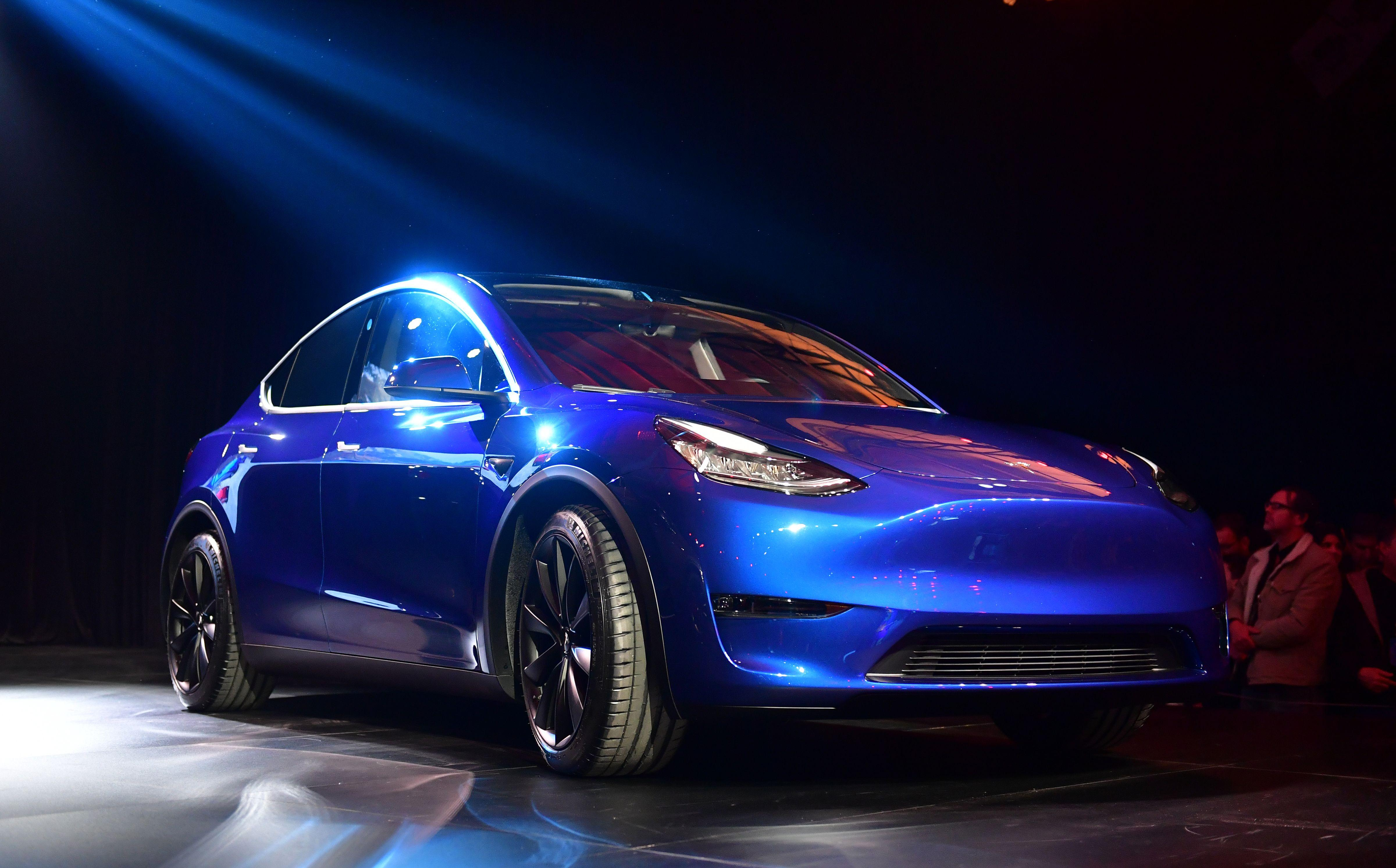 Elon Musk's Tesla Model Y Ditches Chrome Accents For Matte ...