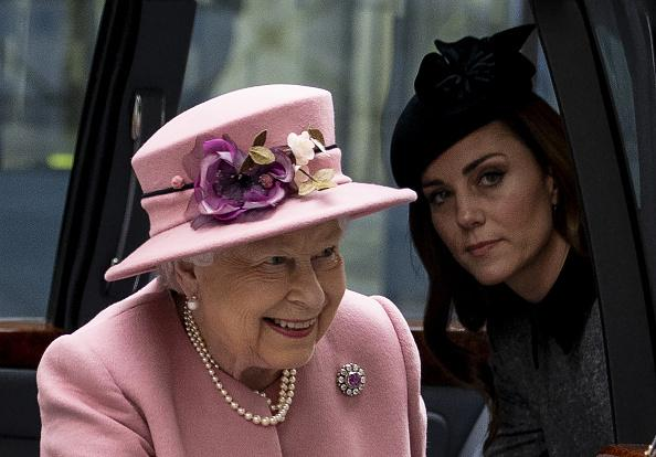 Kate Middleton's Fashion Criticized By Queen Elizabeth For This Reason