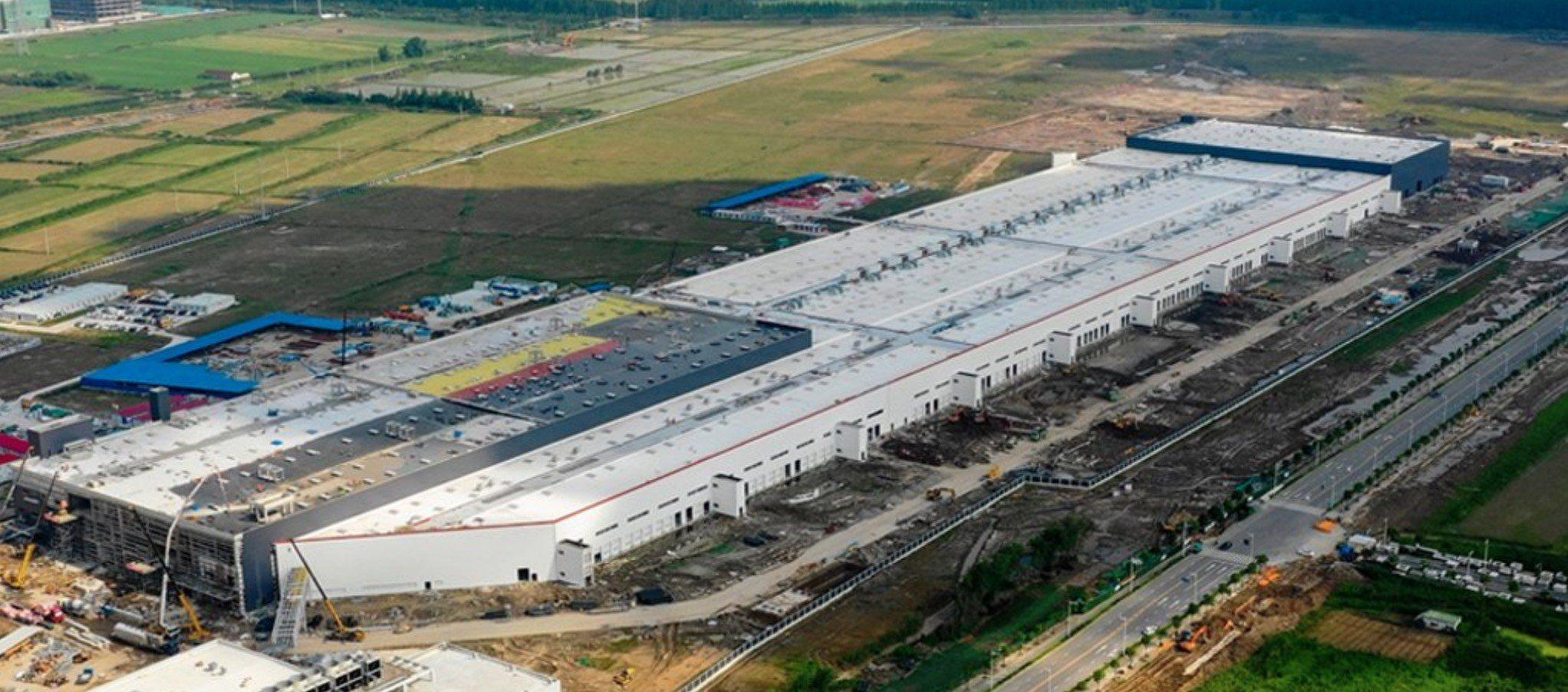 Tesla Gigafactory Jobs >> Tesla Reveals New Jobs Listing Gigafactory 3 Needs Engineers