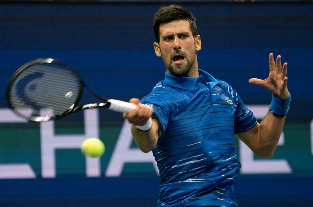 Top-ranked defending champion Novak Djokovic defeated American Denis Kudla on Friday to reach the fourth round of the US Open