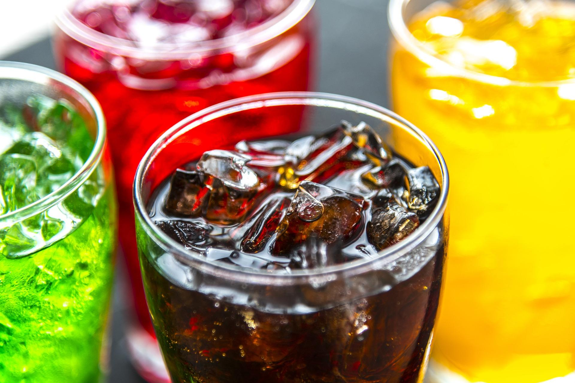 Experts link diet soft drinks to 'higher risk of early death'