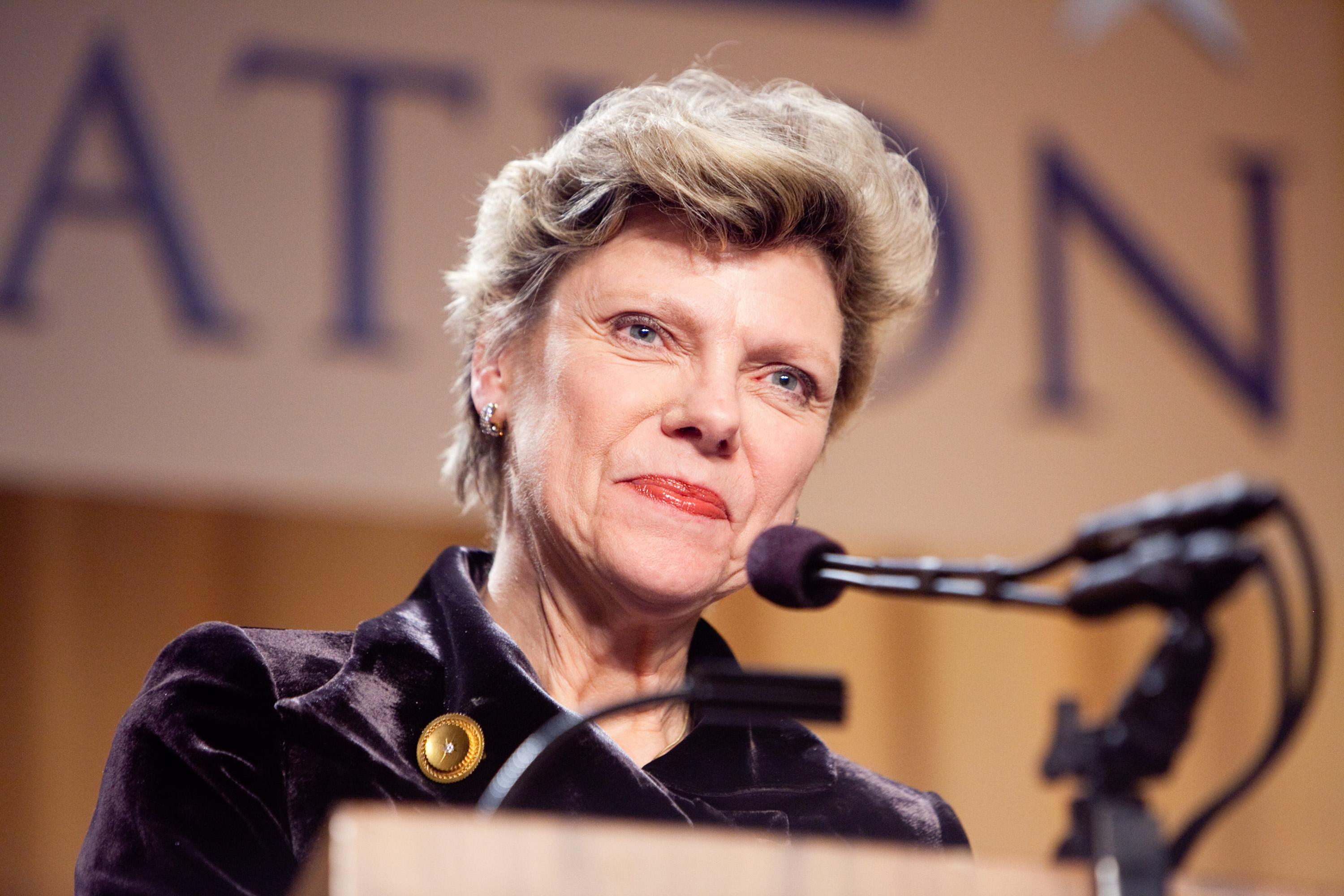 Cokie Roberts Cause Of Death: Respected Jounalist Dies At 75