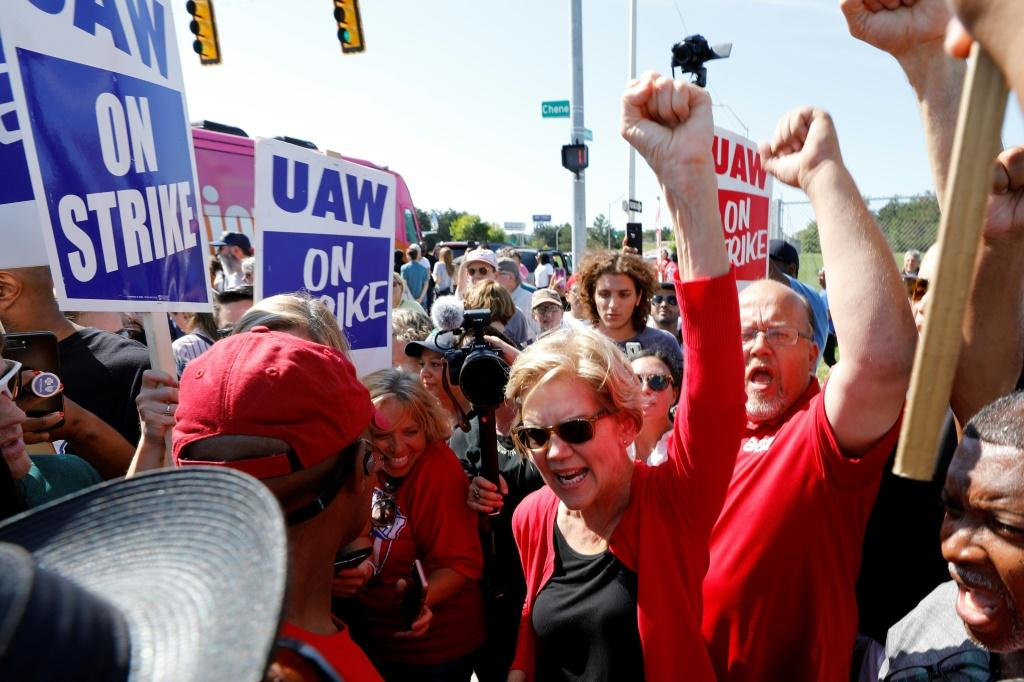 Democratic presidential hopeful Senator Elizabeth Warren showed her support for the UAW strikers outside GM's Detroit-Hamtramck plant