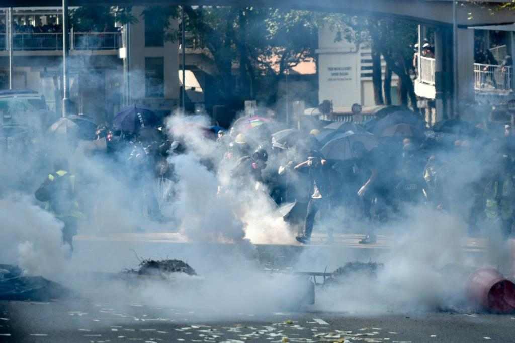 Police fired tear gas to disperse protesters in Tsuen Wan district