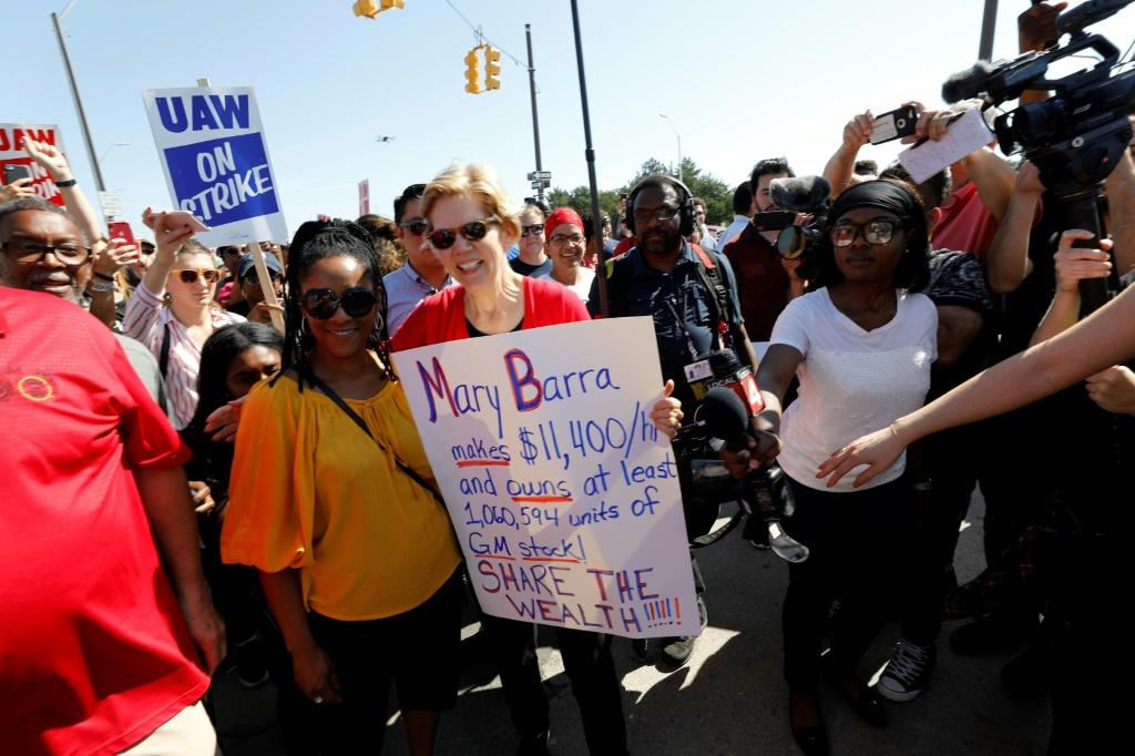 Elizabeth Warren has been among the Democratic presidential hopefuls to appear with United Auto Workers since the strike began last month