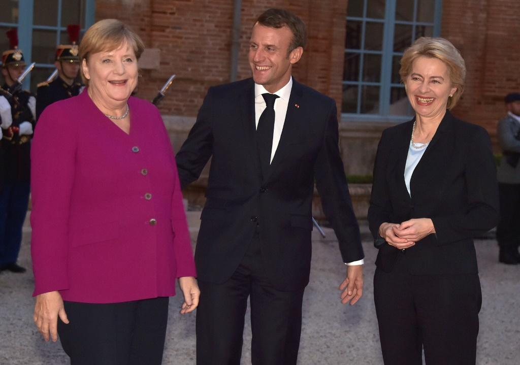 Hopes are rising that a draft deal can be presented at an EU summit to be attended by German Chancellor Angela Merkel and French President Emmanuel Macron