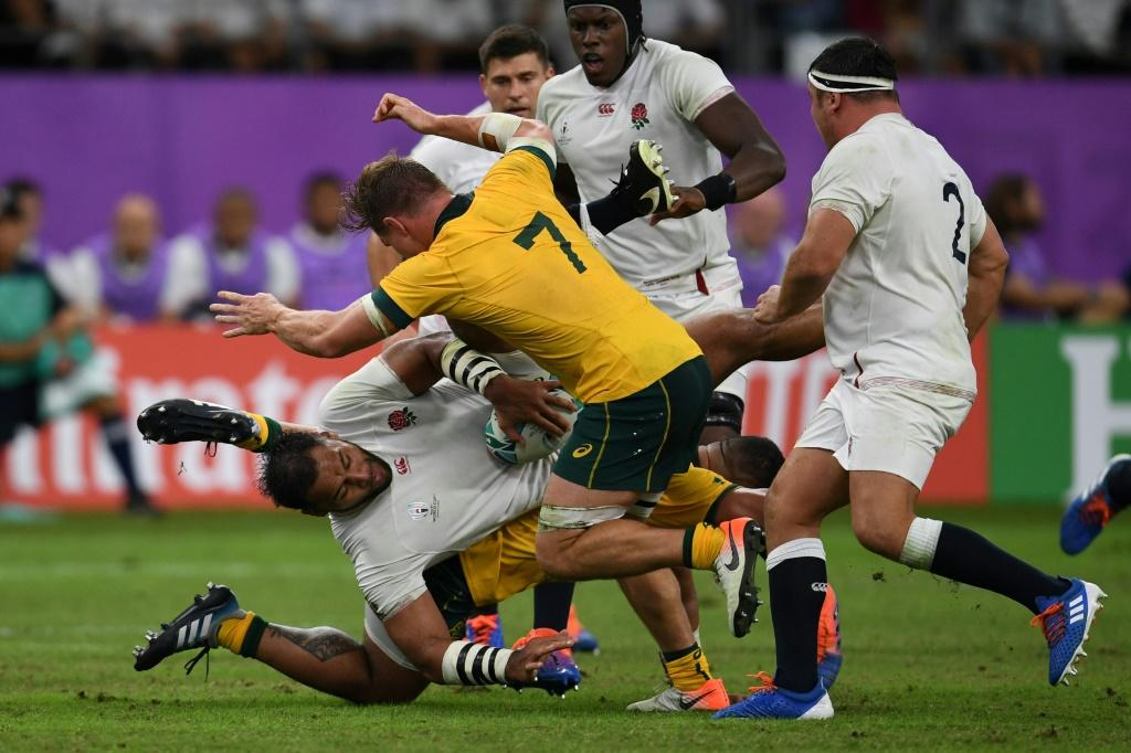 Eddie Jones' England outscored Australia four tries to one, with the Wallabies running themselves into trouble as they constantly tried to exit their territory with ball in hand
