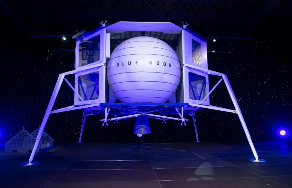 """Blue Origin, as prime contractor, would provide the """"descent element"""" vehicle based on its Blue Moon lunar lander that it announced in May"""