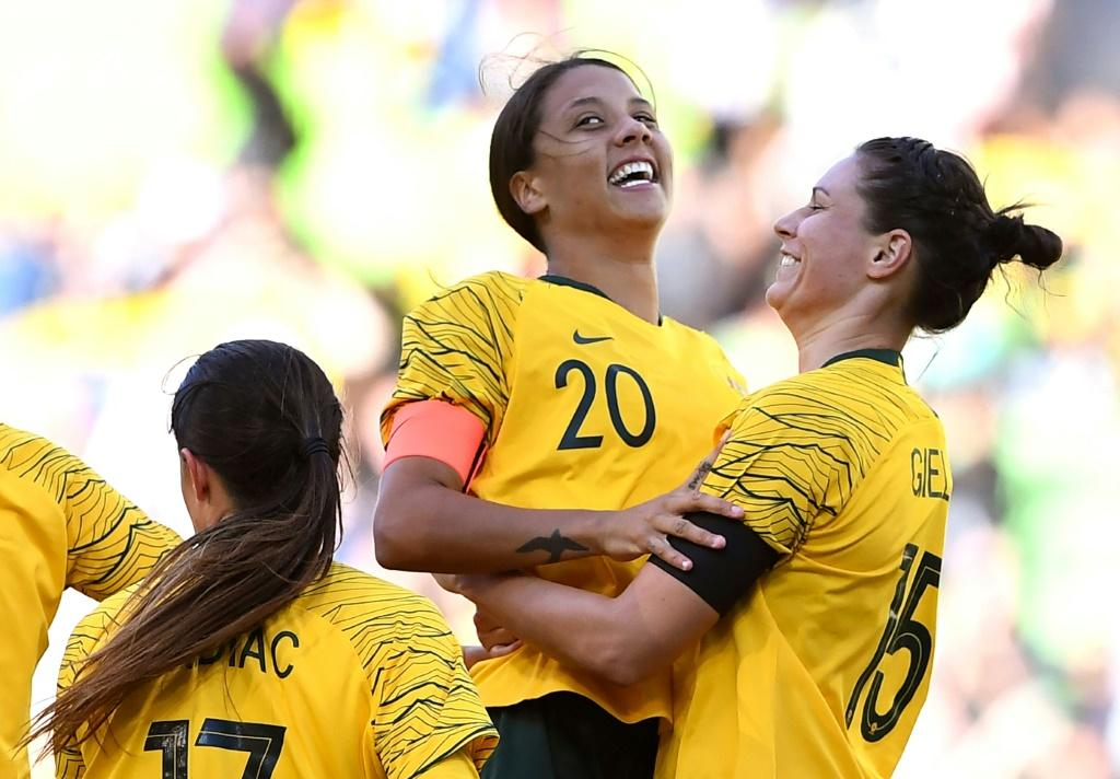 Matildas stars such as Sam Kerr and Ellie Carpenter will pocket the same as big-name Socceroos such as Aaron Mooy and Mat Ryan
