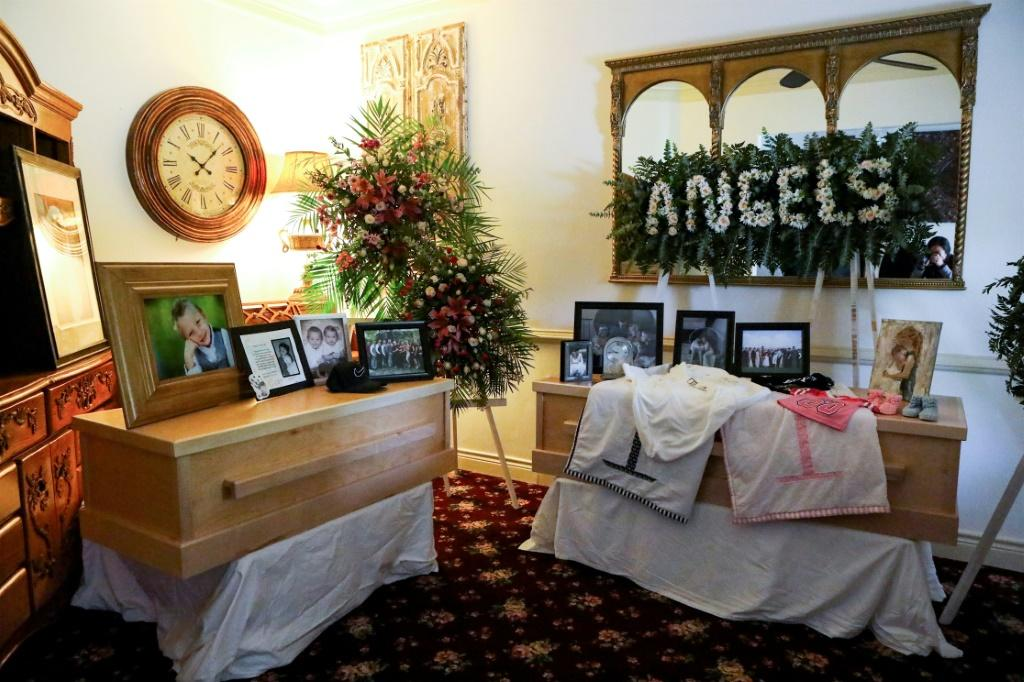 Picture taken at the wake of Rhonita Miller and four of her children, who were among nine victims of an attack authorities have blamed on a drug cartel