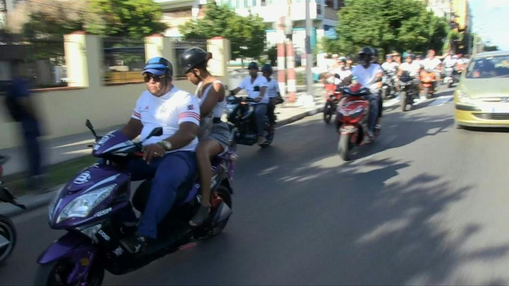 Electric motorcycles are multiplying on the streets of Havana