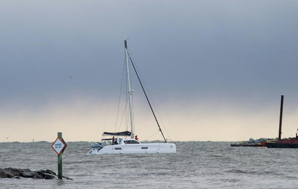 """La Vabagonde"""" sailed from Hampton, in the US state of Virginia, aiming to reach Portugal, more than 5,500 kilometers (about 3,500 miles) away"""