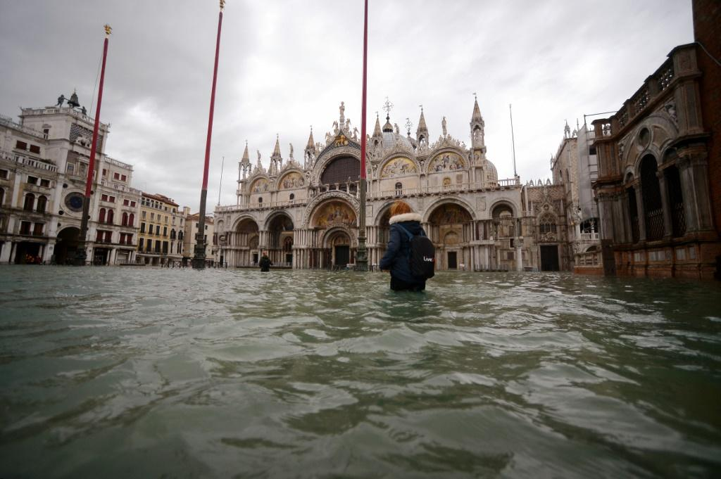 Venice's mayor ordered St Mark's quared closed as the latest sea surge peaking at 1.54 metres (five feet) struck just before midday