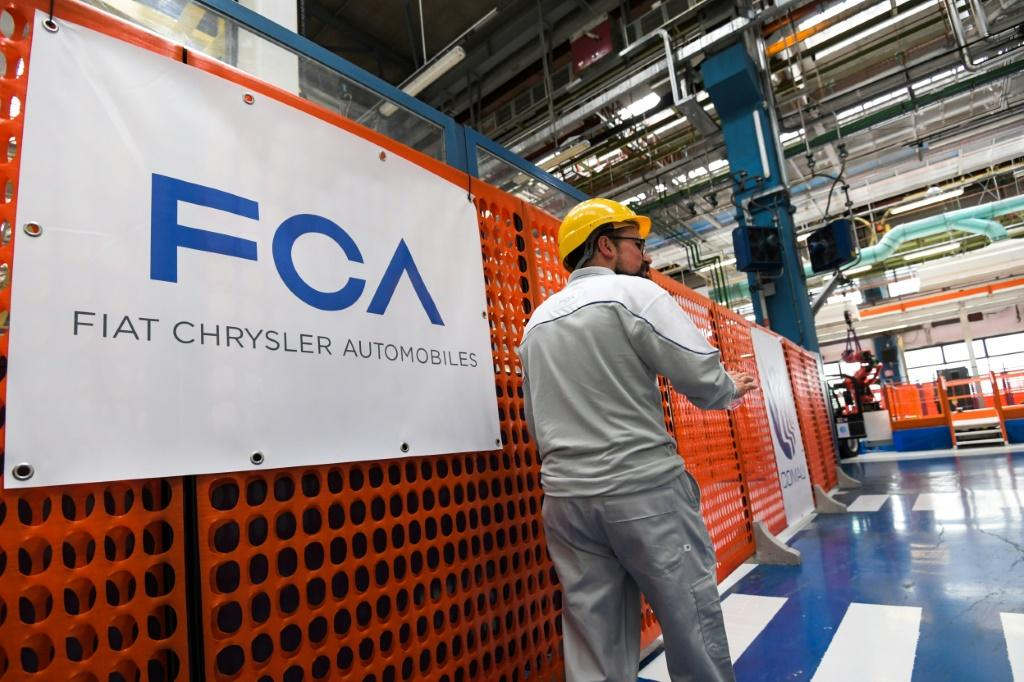 General Motors in a lawsuit alleges that Fiat Chrysler Automobiles (FCA) bribed union officials which 'corrupted' labor contracts
