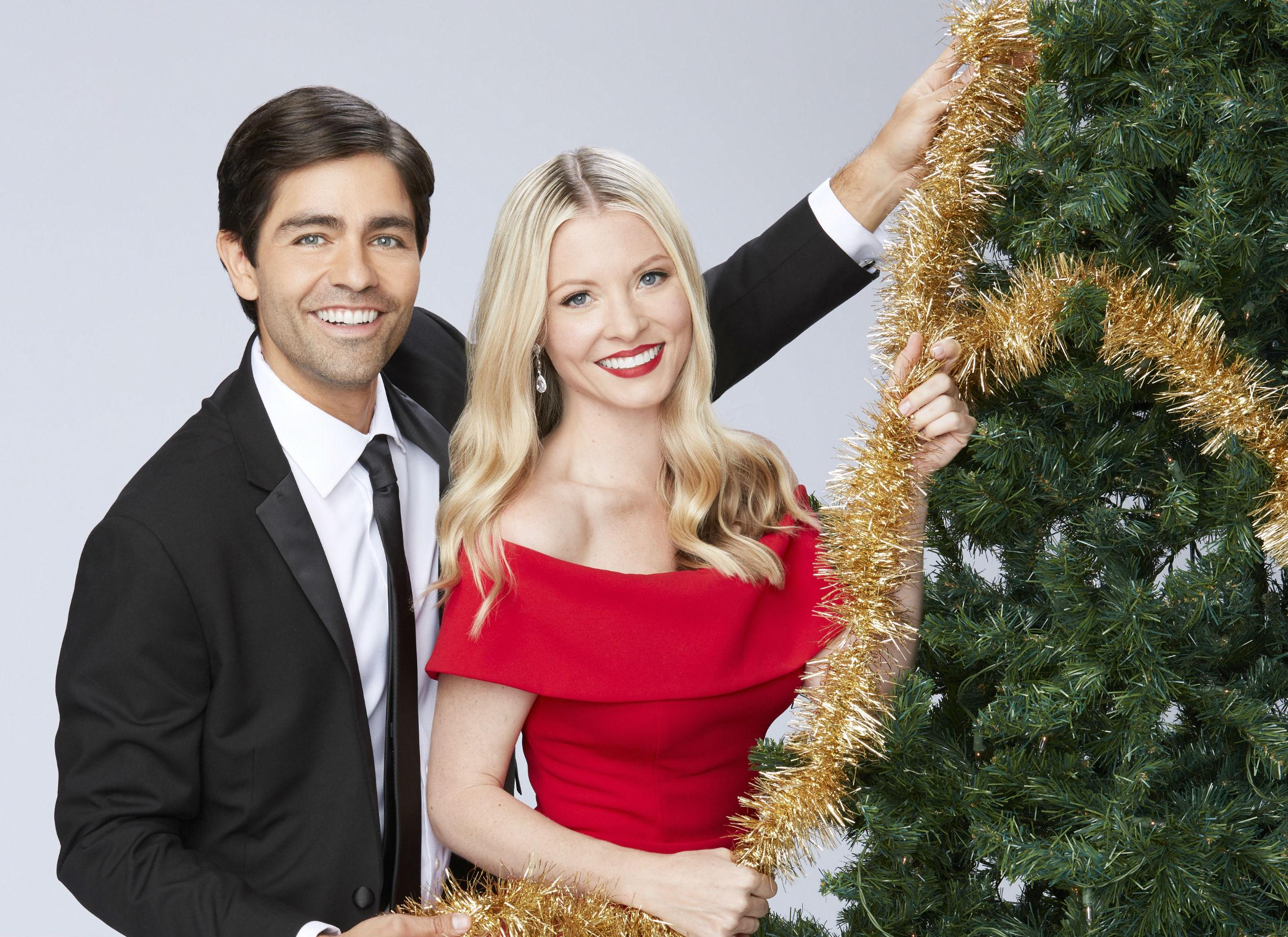 'Christmas At Graceland' 2019 Hallmark Movie Premiere: 'Home For The Holidays' Cast, Trailer