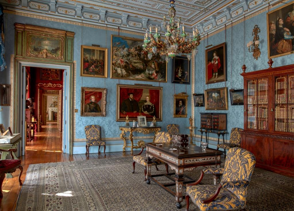 This handout picture provided on November 21, 2019 from the Casa de Alba Foundation, shows the Flamenco room at the Palacia de Liria, in Madrid.The neoclassical Liria Palace in Madrid, the residence of the Dukes of Alba, is open to the public from Septemb