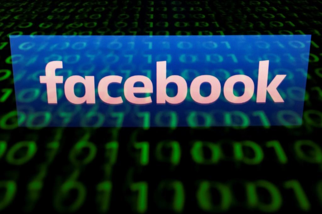 Facebook is offering to pay users who participate in surveys to improve its products, in a new move for the social media giant which has faced criticism for its monetizing of user data